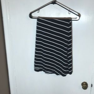 Ava &Viv 2X black and white striped skirt